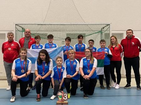Brązowy medal Halowych Mistrzostw Polski Młodzików powędrował do naszej szk